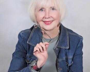 portrait of Carolyn Howard-Johnson